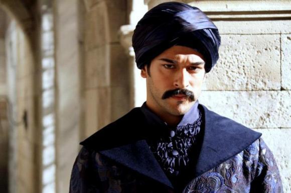 الممثل حريم السلطان