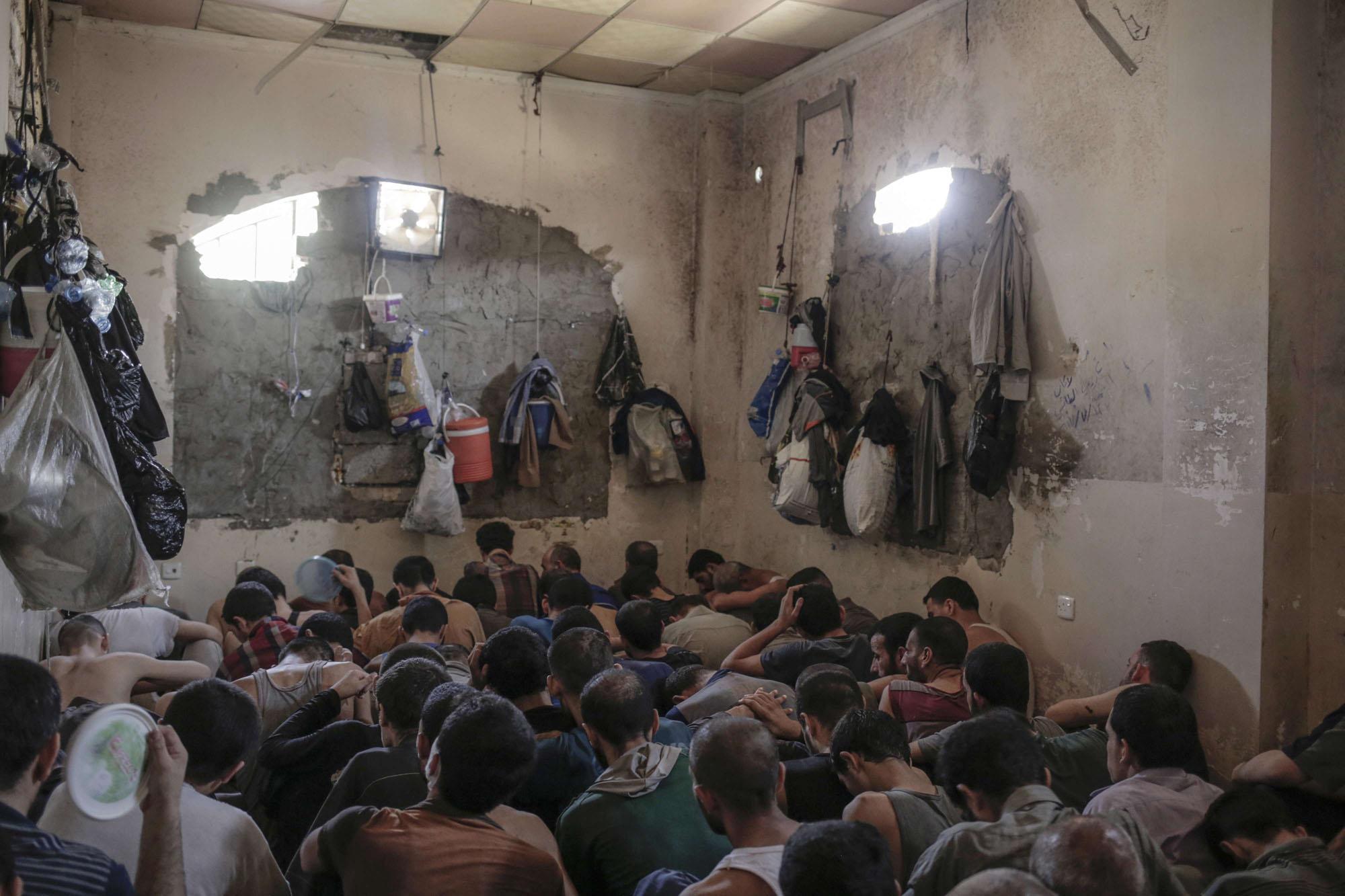 طقوس رمضانية في سجن تدمر